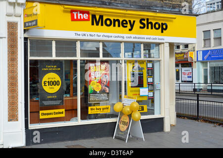 Geld shop bureau de change oxford street london england uk