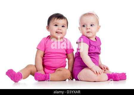 Lustige Babys Mädchen saß am Boden - Stockfoto