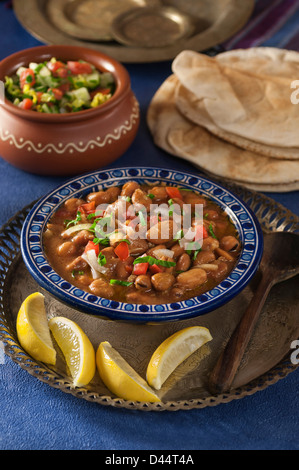 Ful Medames Fava Bohnen Gericht Nahost - Stockfoto
