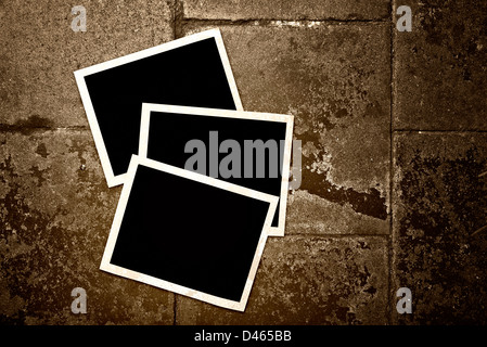 darstellung der leere sofortbild print oder polaroid rahmen h ngen mistel haufen und. Black Bedroom Furniture Sets. Home Design Ideas