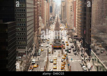Blick auf Park Avenue von Grand Central Station Uhr - Stockfoto