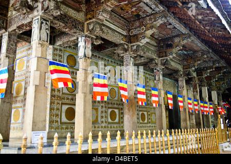 Tempel des Zahnes, buddhistische Tempel, Königspalast, Kandy Lake, See Seite Residenzen, Hotels, Kandy, in der Nähe - Stockfoto