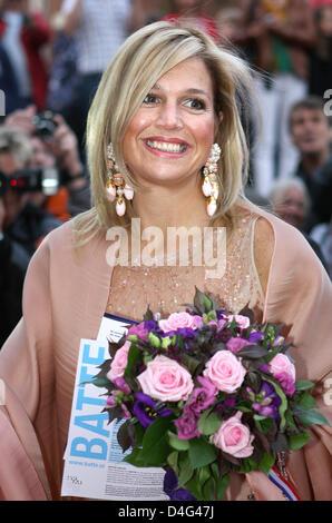 Prinzessin Maxima der Niederlande kommt für die Wiedereröffnung des Stadttheaters Stadsschouwburg in Haarlem, Niederlande, - Stockfoto