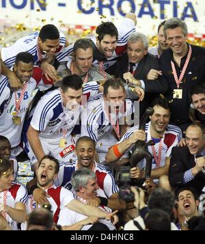 Frankreich? s Spieler feiern ihre Mannschaft? s-Sieg in der Handball-WM-Finale match Frankreich Vs Kroatien in Zagreb, - Stockfoto