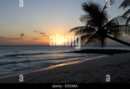 St. Lawrence Gap, Barbados, Abend in Dover Beach - Stockfoto