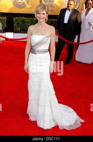 US-Schauspielerin Kyra Sedgwick besucht die 16. jährlichen Screen Actor Guild (SAG) Awards im Shrine Auditorium - Stockfoto