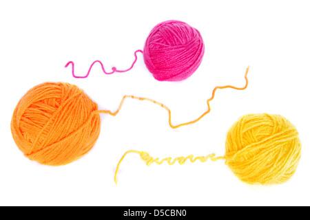 orange kn uel wolle isoliert auf wei em hintergrund stockfoto bild 54977007 alamy. Black Bedroom Furniture Sets. Home Design Ideas