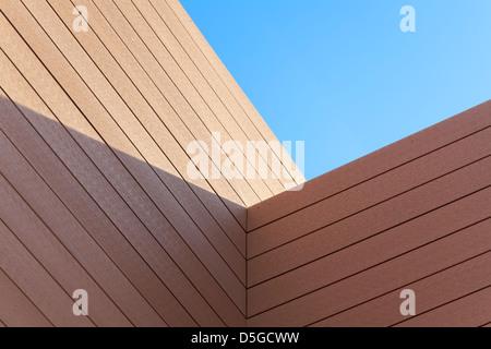 Detail der Holzarchitektur. Ecke. - Stockfoto