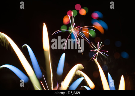 Buntes Feuerwerk in Edinburgh bei Virgin Geld Feuerwerk Konzert, September 2012. - Stockfoto