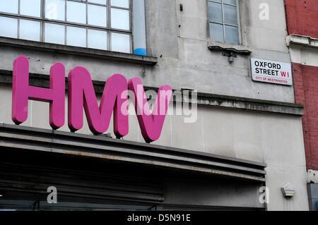 Ein Zeichen für eine HMV-Store in der Oxford Street, London, UK. - Stockfoto