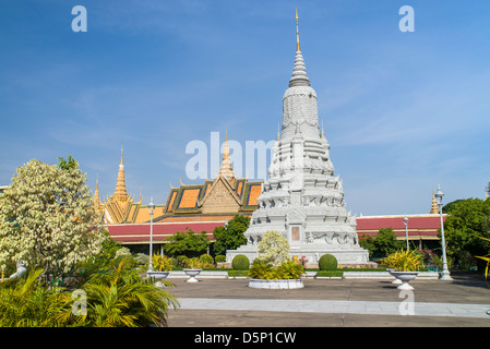 Silber-Pagode oder Wat Preah Keo in Phnom Penh - Stockfoto