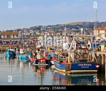 Angelboote/Fischerboote im Hafen von Bridport Dorset England GB UK EU Europa - Stockfoto