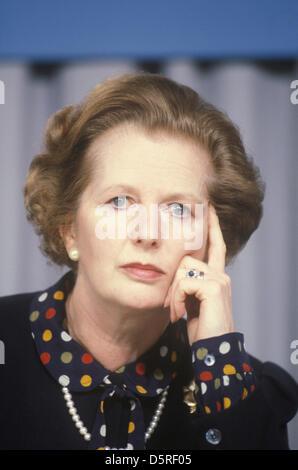 Archiv: Margaret Thatcher starb heute 8. April 2013. Frau Thatcher. Konservative Partei Wahlkampf 1983. Midlands, - Stockfoto