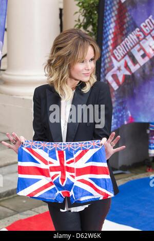 London, UK. 11. April 2013. Das Britain Got Talent Fototermin an der ICA in London.  Amanda Holden bei der Vorstellung - Stockfoto