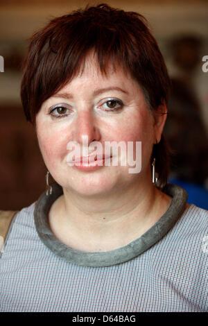 Journalist und Gewinner der Gerd Bucerius Preis freie Presse von Osteuropa Olga Romana (New Times in Moskau) stellt - Stockfoto