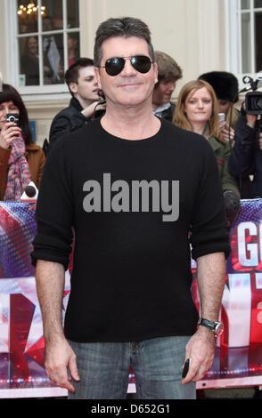 "London, UK. 11. April 2013. Simon Cowell bei ""Britain es Got Talent"" Pressekonferenz, an der ICA, London - 11. April - Stockfoto"