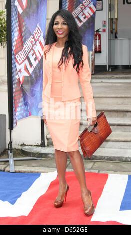 "London, UK. 11. April 2013. Sinitta bei ""Britain es Got Talent"" Pressekonferenz, an der ICA, London - 11. April - Stockfoto"