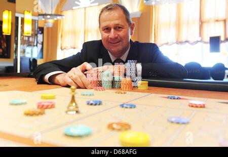 Der Alte Mann Und Das Casino