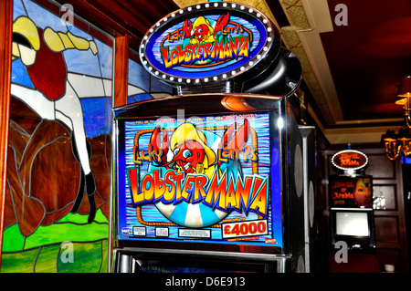 Play free pokies with free spins
