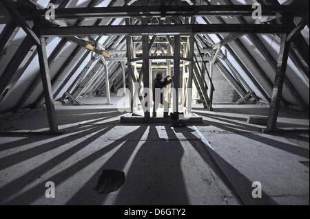 (DATEI) Eine Archivfoto vom 30. September 2010 zeigt das Innere der Baustelle für die künftige Holocaust-Mahnmal - Stockfoto