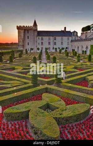 Schloss Villandry bei Sonnenuntergang, UNESCO-Weltkulturerbe, Indre-et-Loire, Loire-Tal, Frankreich - Stockfoto