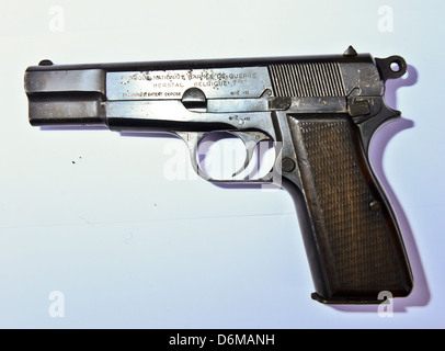 Original Browning high-Power 9mm Pistole - Stockfoto