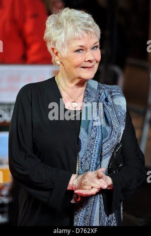Dame Judi Dench Best Exotic Marigold Hotel - Film Premiere Welt Uraufführung anlässlich der Curzon Mayfair - Ankünfte. - Stockfoto