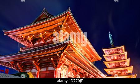 Tor am Senso-Ji Tempel in Asakusa, Tokio, Japan. - Stockfoto