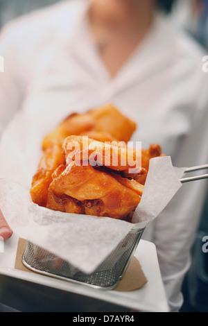 Frittierte Lebensmittel in einem Restaurant; Boston Massachusetts, usa - Stockfoto