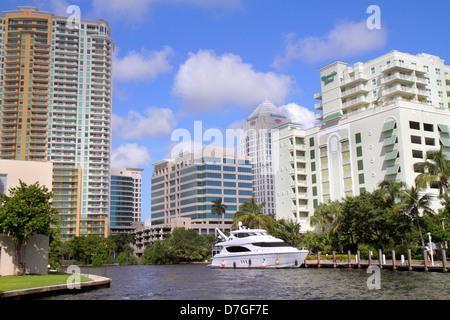Fort Lauderdale Florida Ft. New River City Skyline Eigentumswohnung Büro-Hochhaus Gebäude Balkone Las Olas Grand - Stockfoto