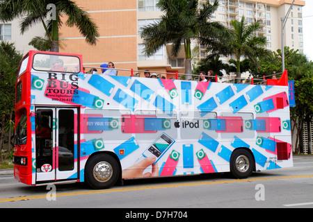 Miami Beach Florida 41st Street Arthur Godfrey Boulevard Big Bus Tours Doppeldecker iPod Werbung Anzeige - Stockfoto