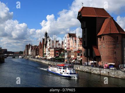 Touristischen Kreuzfahrtschiff auf Rivert Mottlau, Danzig, Polen - Stockfoto