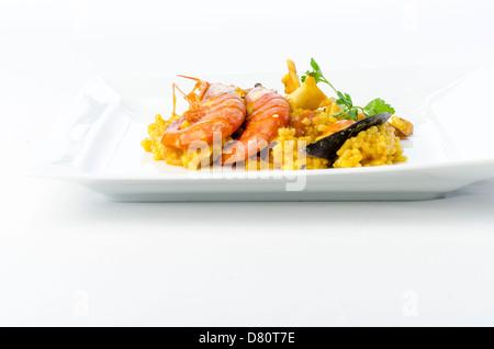 Ausgezeichnet Spanische Küche Galerie - Küchen Ideen - celluwood.com