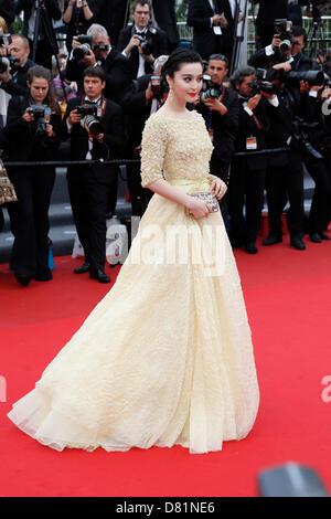 """Cannes, Frankreich. 16. Mai 2013. Fan Bingbing, Teilnahme an der """"Jeune & Jolie""""-Premiere und Eröffnung der 66. - Stockfoto"""