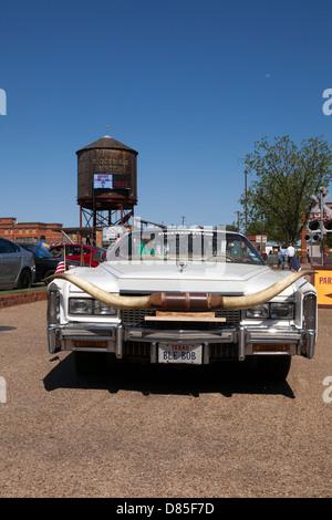 Ein Blick auf einen Mietwagen in Forth Wert Stockyards in Texas - Stockfoto