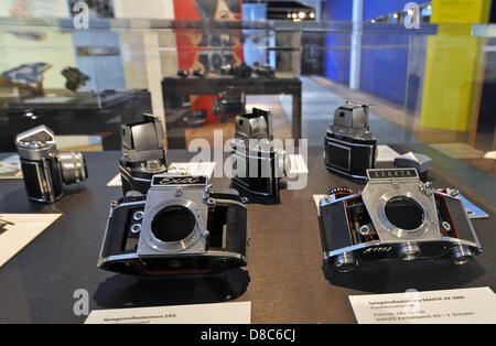 Einzelnen Spiegel Reflex EXA und Exakta Kameras sind auf dem Display in der Sonderausstellung über die IHAGEE-Kamera - Stockfoto