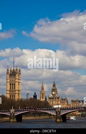 Fluss Themse Skyline-London - Stockfoto