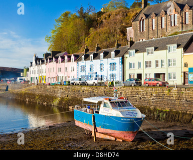 hafen von portree in der isle of skye in schottland stockfoto bild 9702598 alamy. Black Bedroom Furniture Sets. Home Design Ideas