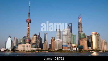 Die neue Skyline von Shanghai Pudong und Shanghai höchste im Bau Bau, Shanghai Tower, Shanghai, China. - Stockfoto
