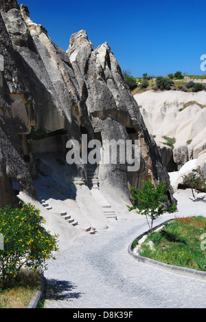 cappadocia landschaft mit felsen und h user in diesem felsen gehauen stockfoto bild 87883009. Black Bedroom Furniture Sets. Home Design Ideas