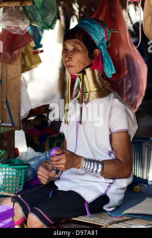Porträt von Karen Langhals Stämme Frauen in Thailand