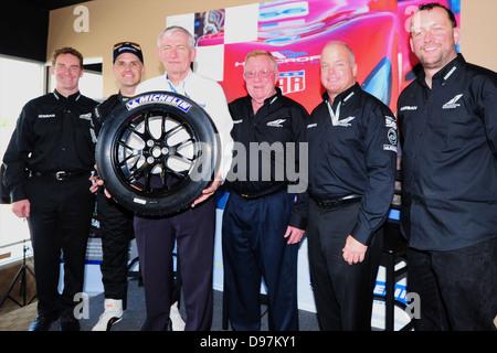 L-R Ben Bowlby ist Treiber Marino Franchitti, Michelin Mann, neben ihm, Don Panoz besitzt die Strecke, Duncan Dayton - Stockfoto
