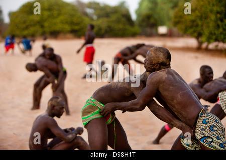 Senegalesische traditionellen Ringkampf, Dionewar Senegal - Stockfoto
