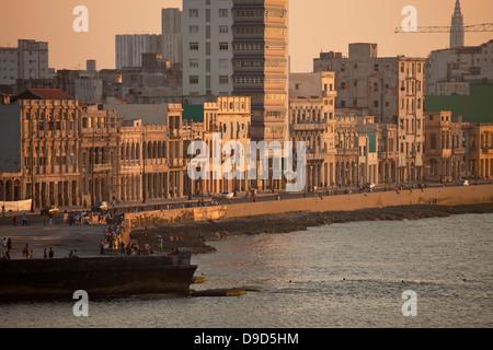 Uferpromenade Malecon, Havanna, Kuba, Caribbean - Stockfoto