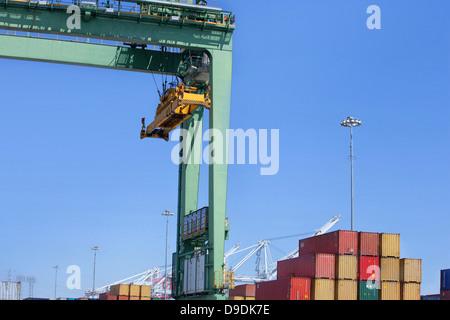 Kran am Hafen von Los Angeles, Kalifornien, USA - Stockfoto