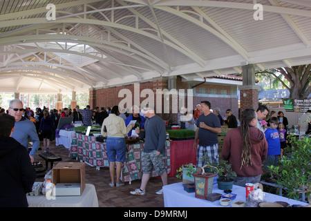 Bauernmarkt am Wintergarten, Orange County, Florida. - Stockfoto