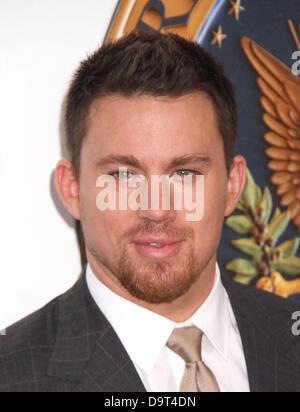 """New York City 25. Juni 2013.  Schauspieler CHANNING TATUM besucht die New Yorker Premiere von """"White House Down"""" - Stockfoto"""