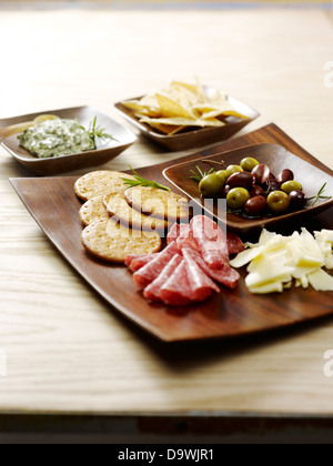 oliven f r snacks stockfoto bild 60378144 alamy. Black Bedroom Furniture Sets. Home Design Ideas