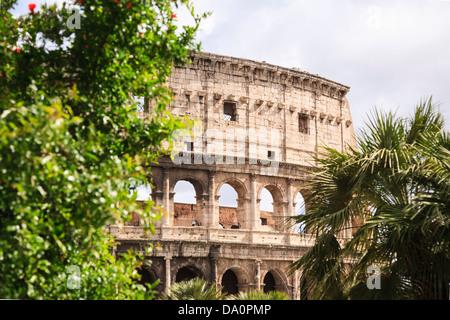 Ein Abschnitt des Kolosseums in Rom, Italien. - Stockfoto