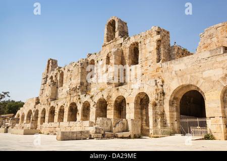 Odeon des Herodes Atticus, befindet sich am südwestlichen Hang der Akropolis, Athen, Griechenland - Stockfoto